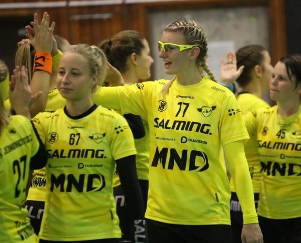 13 gólů do sítě Litvínova, 5 do sítě Chomutova. Ladies berou z víkendu 6 bodů