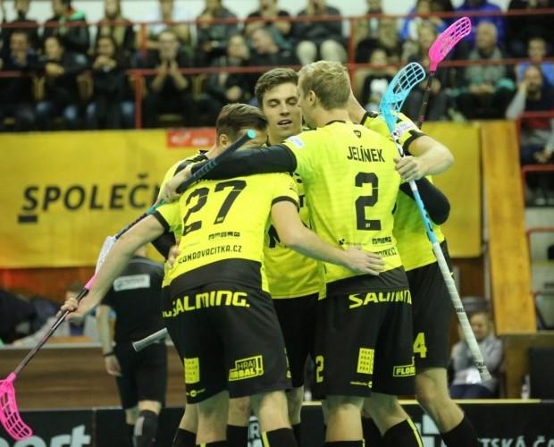 Fanoušci byli v pondělí úžasní, řekl po TV zápase Marian Jelínek