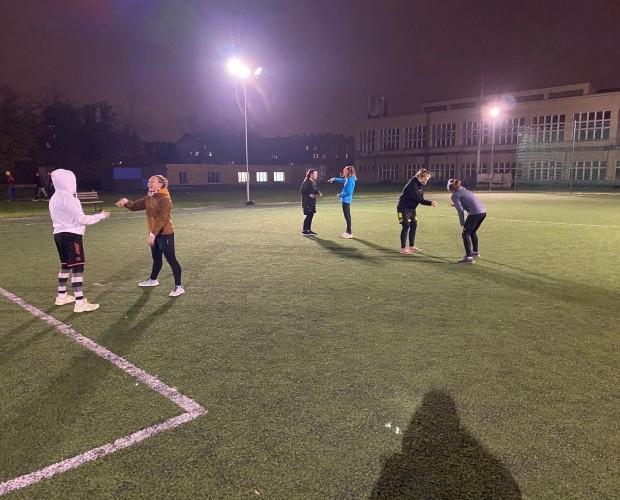 Dívčí mládež: Krátkodobý návrat do haly a teď už zase individuální tréninky